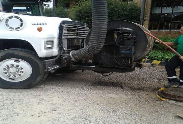 Camioneta Recolectora de Grasas